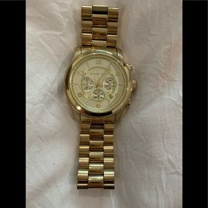 Michael Kors OVERSIZED gold tone watch